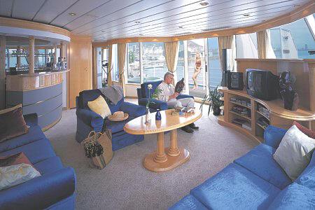 Croisieres de Luxe: Cunard (Caronia, Queen Elizabeth 2, QM2)