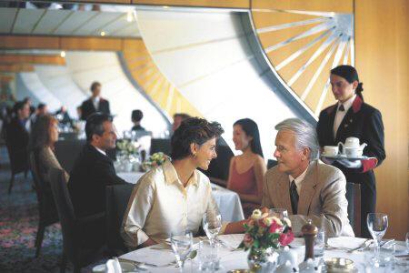 Cunard: (Caronia, Queen Elizabeth 2, QM2)