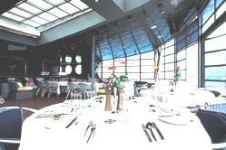 Croisieres de Luxe: Windstar Cruises (Song, Spirit, Star, Surf)