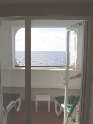 In hull balcony cabins on qm2 cruise critic message for Sheltered balcony qm2