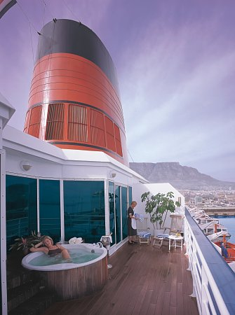 Deluxe Cruises Cruises Around the World, Cunard Cruise Line