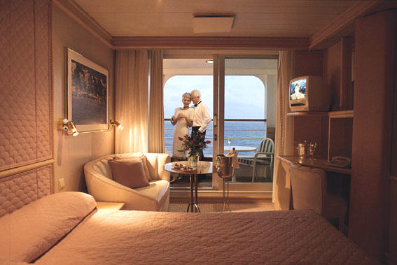 Cheap Luxury Cruise Radisson Seven Seas Cruises, Diamond