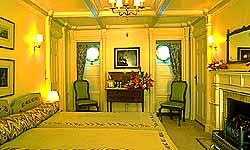 Luxury Cruises Cabin No. 5