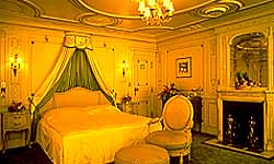 Luxury Cruises Marjorie Merriweather Post' s former Boudoir