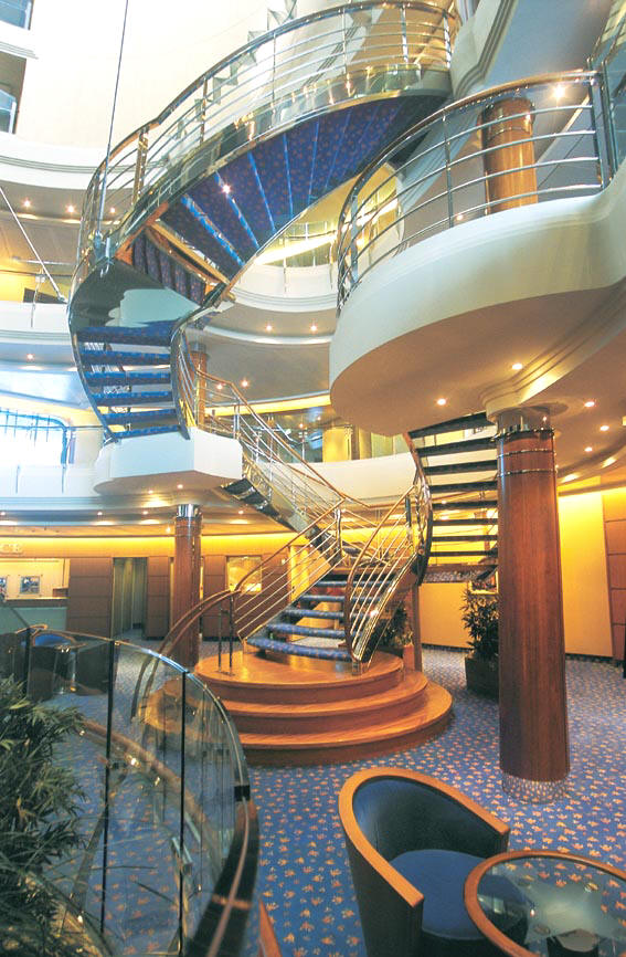 Cheap Luxury Cruise Radisson Seven Seas, Mariner