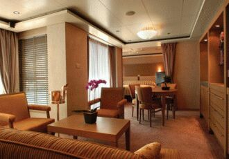 Deluxe Cruises Cruises Around the World, Radisson Seven Seas
